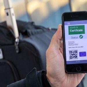 Coronavirus, via libera dell'Europarlamento al certificato digitale Ue