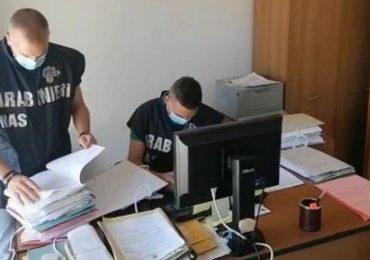 Asp Reggio Calabria, si assentavano dal lavoro per svolgere prestazioni Adi: indagati 49 infermieri