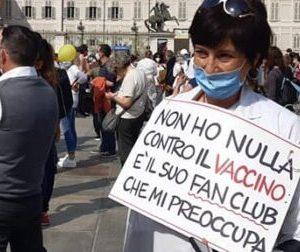 Bologna: scattano le prime due sospensioni per gli infermieri NoVax
