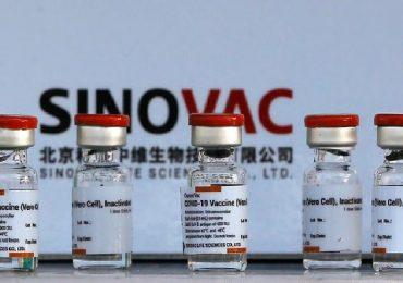 Coronavirus, gli anticorpi attivati dal vaccino cinese Sinovac decadono 6 mesi dopo la seconda dose