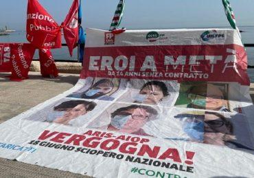 Sanità privata Puglia, in 25mila senza contratto: la protesta a Bari