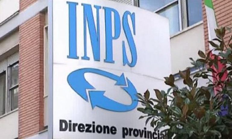 Truffa per false certificazioni di invalidità all'Inps di Foggia: arrestato medico legale