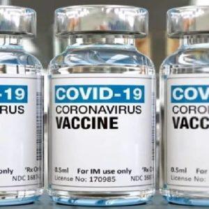 Vaccini anti-Covid, per ora la terza dose non è necessaria: il report Simg
