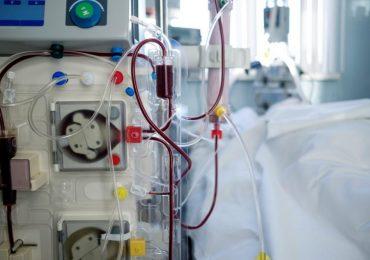 Mostra il pene alle infermiere e rompe il naso ad un Oss: arrestato paziente durante una seduta di emodialisi
