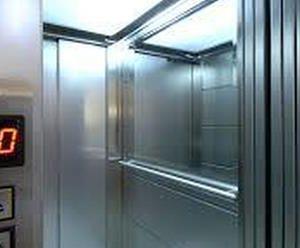 Osp. Santissima Annunziata: precipita ascensore con a bordo due OSS addetti al barellamento