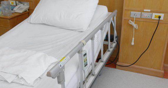Ravenna: paziente cadde dal letto in pronto soccorso, oss a processo per lesioni