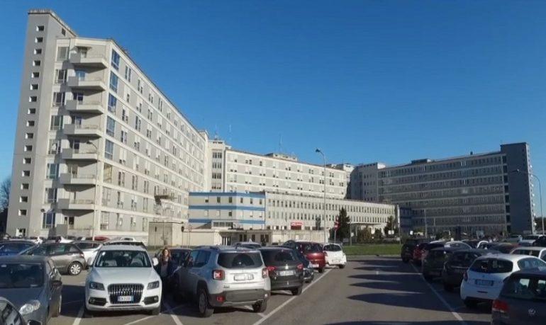 Cremona, sanitari no vax ancora al lavoro: il dg dell'ospedale Maggiore alza la voce