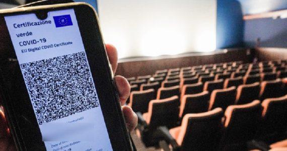 Stadi, teatri e cinema: dal Cts via libera all'aumento della capienza