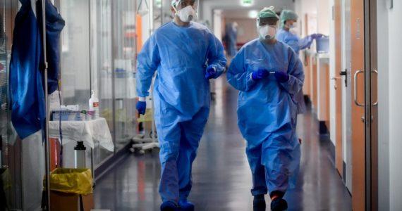 Bergamo, ferie vietate fino al 31 dicembre: che beffa per il personale sanitario in prima linea contro il Covid