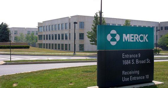 Coronavirus, Merck rinuncia alle royalty per le vendite del farmaco sperimentale molnupiravir