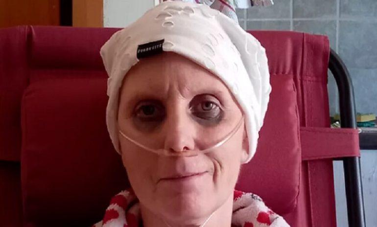 La lotta contro il cancro di Daniela: al via negli Usa le cure sperimentali per l'infermiera abbandonata dalla madre alla nascita