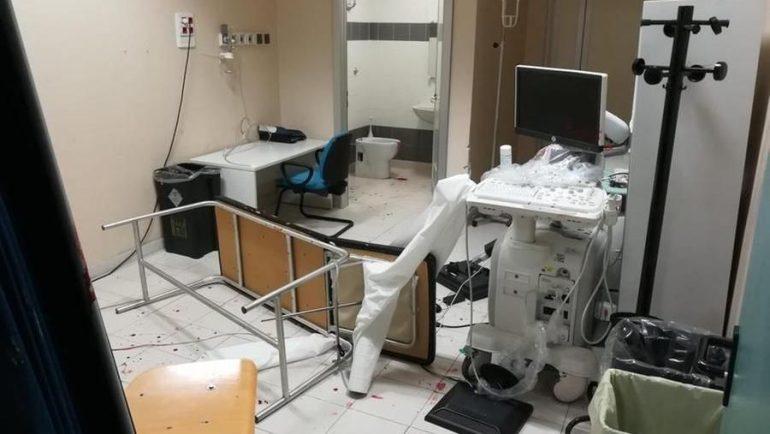 No Pass devastano il PS: infermieri feriti per aver protetto con il loro corpo i pazienti in codice rosso
