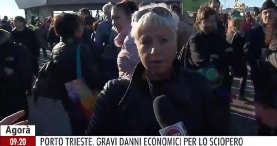 """Trieste, infermiera shock alla manifestazione contro il Green Pass: """"Non mi vaccino"""""""